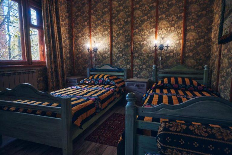№8 –  Гостинная-спальня