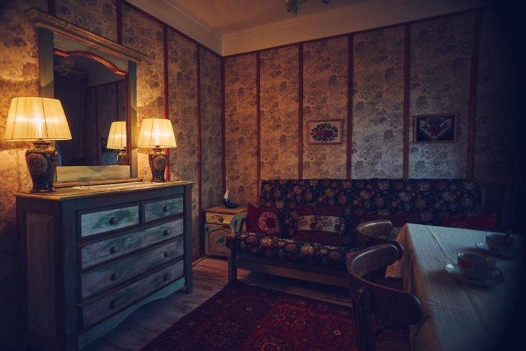 №7 Гостинная-спальня с мансардой